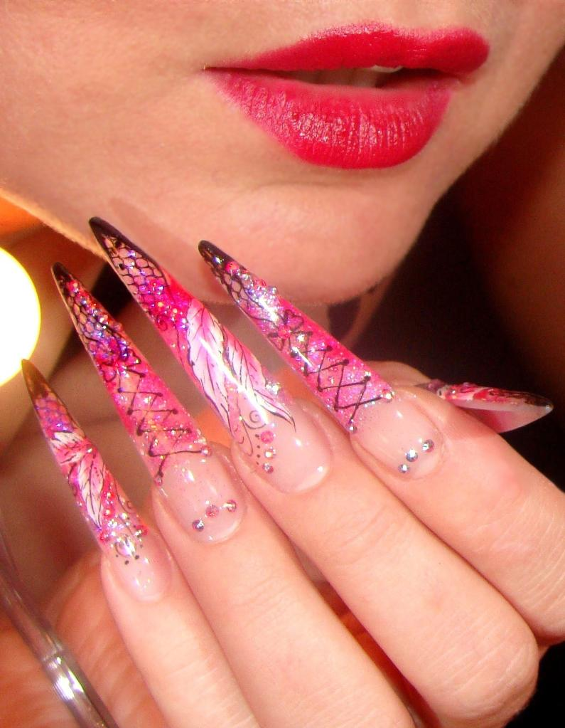 Edge Nails With 3d Design